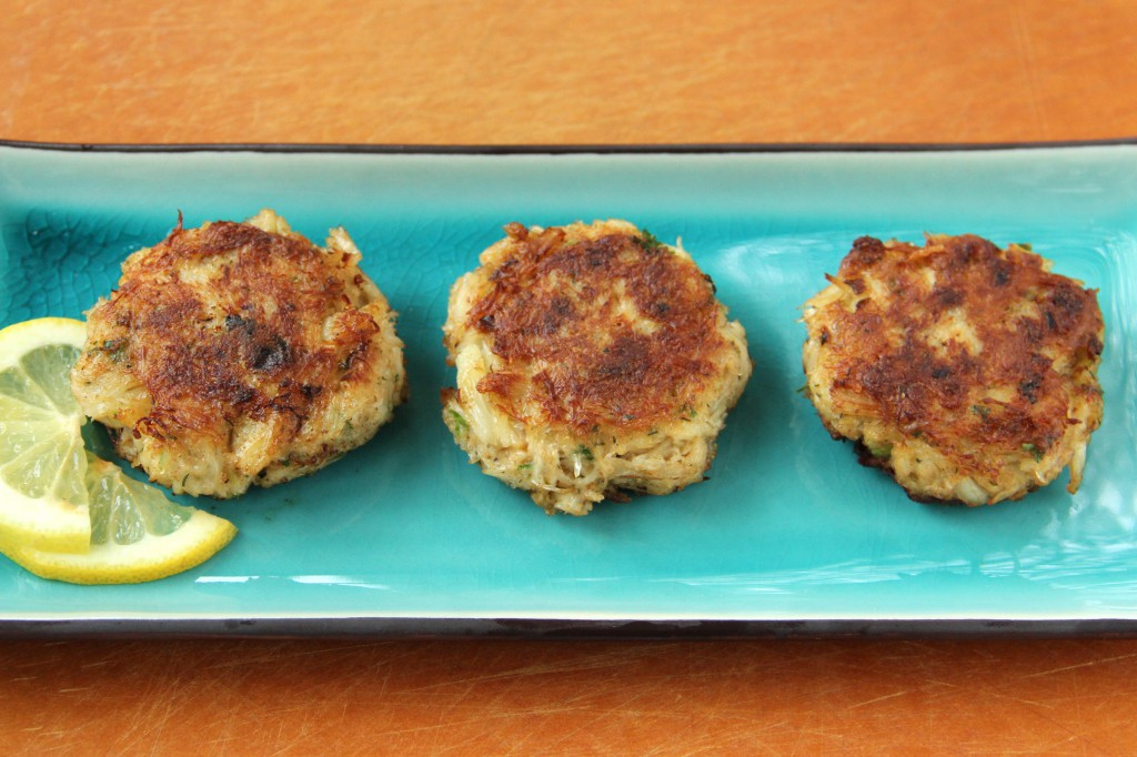 Dungeness Crab Cakes with Roasted Red Pepper Sauce